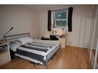 ❗ZONE 2 - GORGEOUS BEDROOM❗ - LOVELY TENANTS❗QUICK CHECK-IN❗