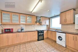 Ample 3 bed, 1 bath maisonette with private garden in Whitechapel, E1 area