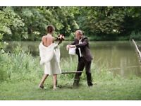 Affordable wedding photography: candid reportage with beautiful natural portraits