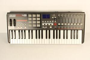 Clavier/controlleur MIDI Akai MPK49 (A034337)