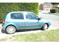 2004 renault clio 3 door hatch,