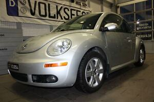 2007 Volkswagen New Beetle 2.5L, CUIR,TOIT,AIR,MAGS,SIÈGES CHAUF