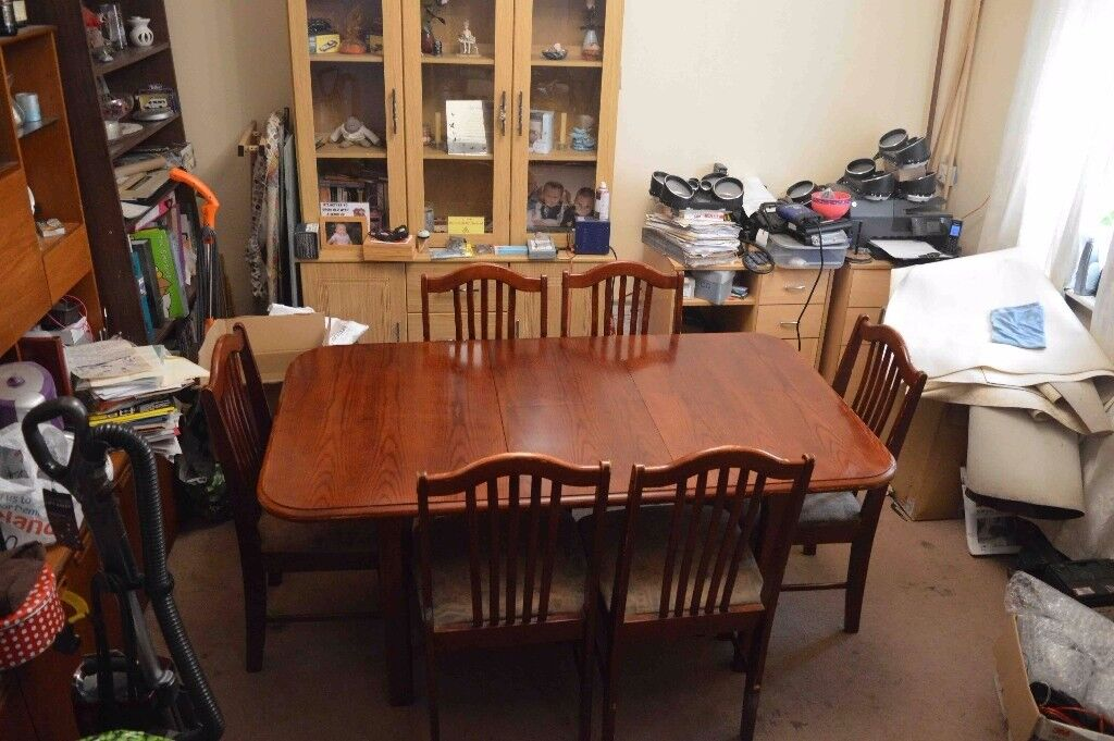 Dinning table extendable & 6 chairs