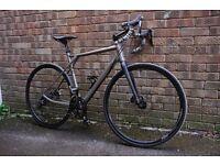 GT Grade Cyclocross/Road Bike - Shimano 105, Hydraulic Brakes, Carbon Fork etc.