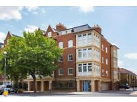 1 bedroom flat in Atwell Court, High Road, North Fiinchley