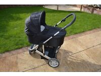 LOW PRICE FOR QUICK SALE! Mamas & Papas Zoom Travel System