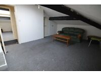 *** SPACIOUS TWO BEDROOM APARTMENT IN DARWEN - CALL TODAY TO VIEW! ***