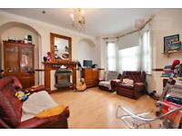 MUST SEE! Lovely 3 Bedroom House With Garden - £1800PCM - Stratford - Available 11th Sept!