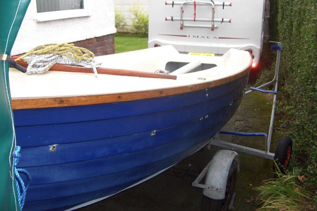 YACHTING WORLD 14' DAYBOAT SAILING DINGHY | in Penwortham ...
