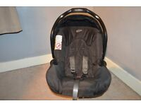 Graco car seat carrier with base