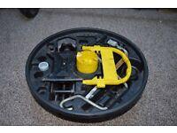 Renault Clio MK2 Phase 2 01-05 JACK BRACE TOWING EYE TOOL KIT