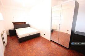 1 bedroom in Rope Street, London, SE16 (#1073600)