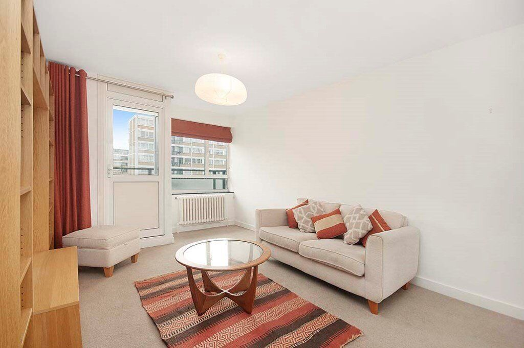Lovely 2 Bed Flat | Fabulous River Views | Some Bills Included | Generous Reception | in Pimlico