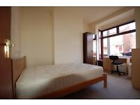 Double Bedroom to Rent in a 4 Bedroom Student Property in Selly Oak