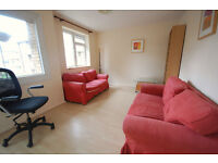 2 double bedroom flat situated in the centre of Chiswick