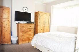 3 Bedroom in Mitcham