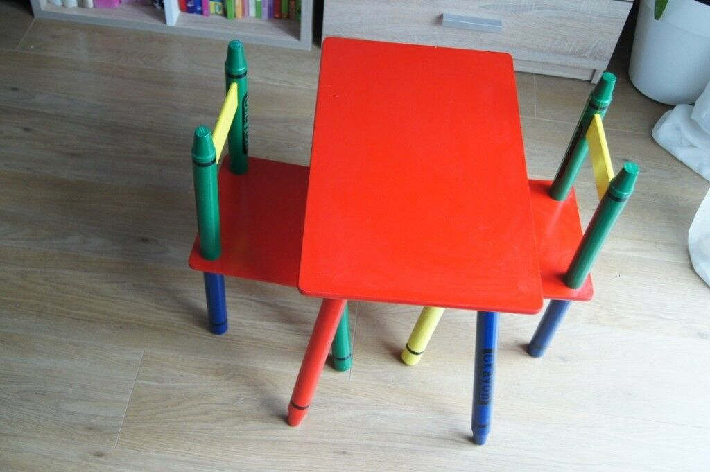 Childrens Wooden Crayon Table And Chairs Set Kids Room