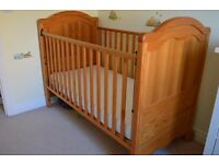 Mamas & Papas Arabella Cot Bed / Cotbed