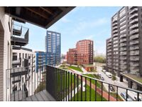 BRAND NEW furnished FLAT 2 BEDS 2 BATHS 9TH FLOOR BALCONY •PORTER •SPA & GYM Canning town E16 E14!