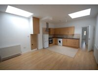DSS WELCOME*** FANTASTIC TWO DUBLE BEDROOM FLAT LOCATED IN WOOD GREEN