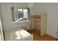 SPACIOUS THREE BED FLAT TO RENT IN STEPNEY GREEN E1 / ZONE 2 / £1,755.00 PCM