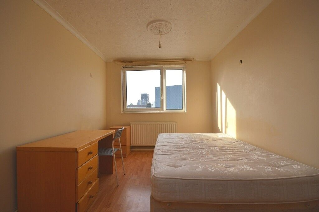 Incredible Discounted 3 Bed House To Rent Fully Furnished Part Dss Claimants Welcome In Whitechapel London Gumtree Home Interior And Landscaping Ymoonbapapsignezvosmurscom