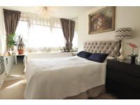 1 bedroom flat in Bradford House, Springvale Terrace, Brook Green, W14