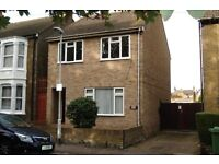 2 bedroom, fully re-furbished flat. South Sittingbourne,quiet residential area.
