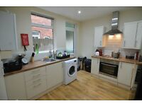 *** Modern, Fresh & Ready To Move In, Ample Parking & Wifi ***