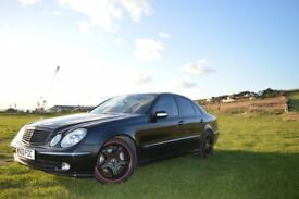 Mercedes E Klass 3.2cdi 2003 year great condition black color