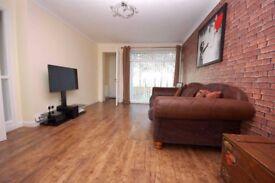 **NEW** Lower Cottage Flat to Rent, Renfrew