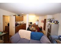 41 Dudhope Street. 3 Double Rooms available in this 6 bedroom student flat, close to universities