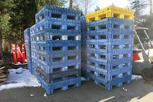 Plastic Bulk 4' Containers