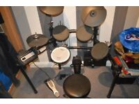 Roland TD-3 Drumkit. Very good condition. Includes kit,stool and pedal.