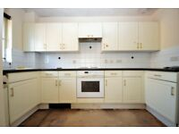 ! ! ! L@@K - BARKING 2 BED APARTMENT NEWLY REFURBISHED WITH PARKING AVAILABLE NOW FOR LONG LET ! ! !