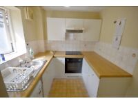Beautiful and Spacious 1 Bedroom flat to rent on Tennyson Close, Enfield, DSS welcome with Guarantor