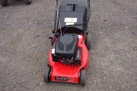 champion r484tr model 46cm cut self propelled rotary mower