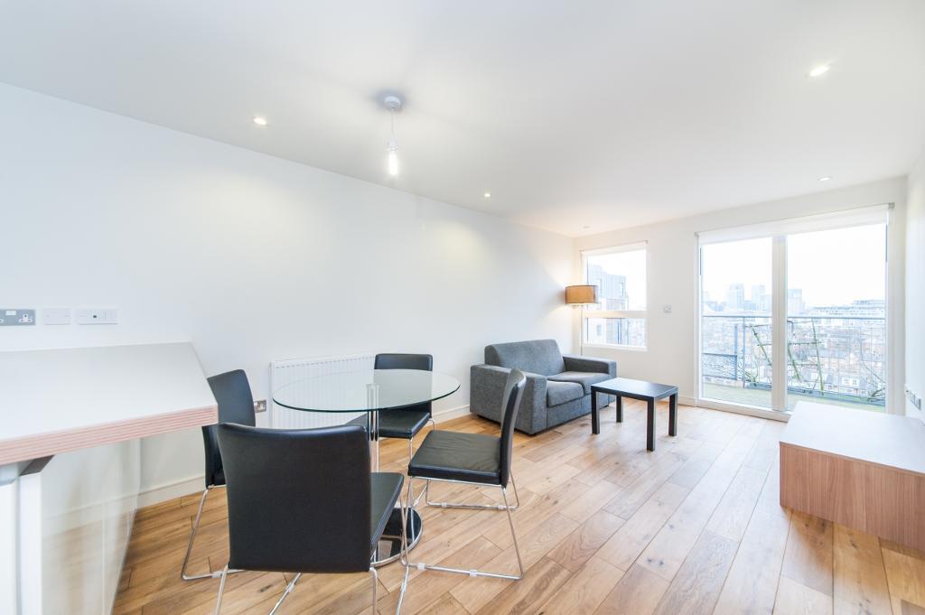 1 bedroom flat in Seren Park Gardens, Restell Close, Greenwich SE3