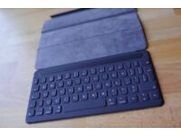 Apple Smart Keyboard for 10.5‑inch iPad Pro, British - Immaculate, Boxed!