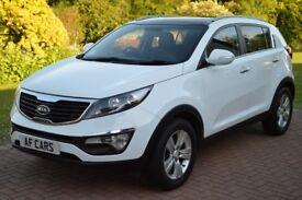 BEAUTIFUL FAMILY OWNED KIA SPORTAGE! STILL UNDER MANUFACTURE WARRANTY, FINANCE AVAILABLE! CALL!
