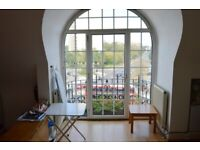 ~Self contained bright studio flat in the heart of Acton~