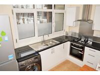 AVAILABLE NOW SPACIOUS THREE DOUBLE BEDROOM MAISONETTE IN DOCKLANDS E14
