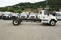 2009 International 4300 CAB AND CHASSIS -
