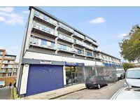 Newly decorated split-level 3 bedroom apartment located in Battersea SW8