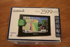 Garmin sat nav 2599 LMT-D Free lifetime maps and digital traffic + 32gb memory card