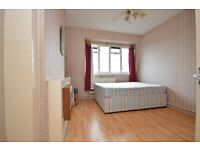 !!FANTASTIC 2 BED FLAT IN THE HEART OF EAST LONDON, NOT TO BE MISSED!!