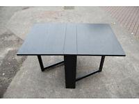 Small / black / folding table