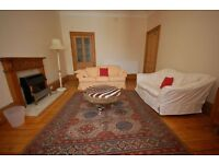 STUDENTS 17/18: Neutrally decorated 3 bedroom HMO property with WiFi available August - NO FEES!