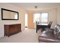 Bright and modern 3 bedroom town house near Craigmillar available NOW!