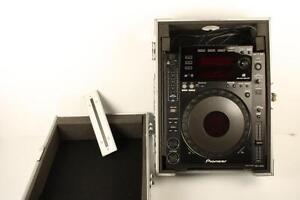 Table de DJ (CD et Usb) (A039013)
